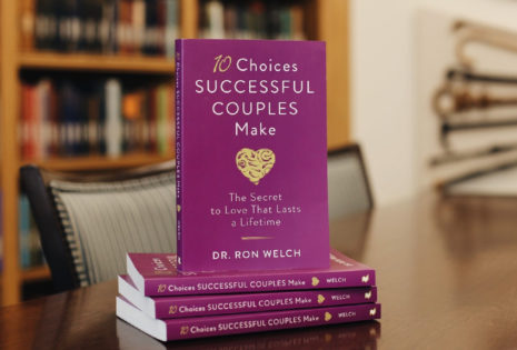 10 choices successful couples make books stack